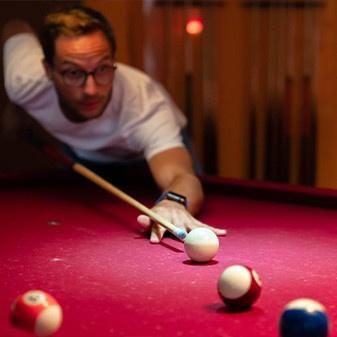 Billard in der Roots Sportsbar Braunschweig